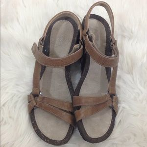 Teva Women's Brown Platform Wedge Sandals Sz 10